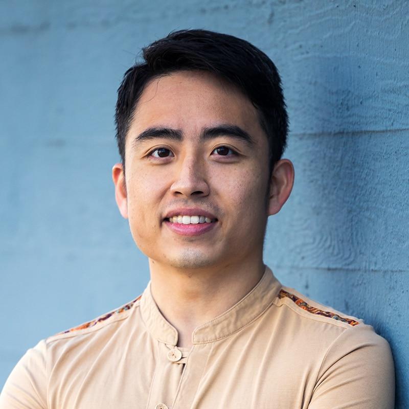Mengjun Chen